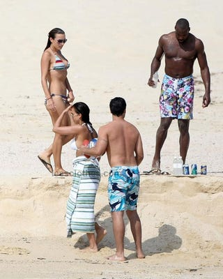 Illustration for article titled On The Beach With Baron Davis And Mrs. Fantastic