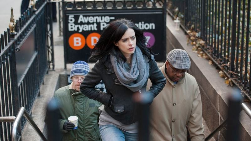 Illustration for article titled Jessica Jones gets back to work with a case tied to The Avengers