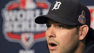 "Illustration for article titled ""World Series Shits To Detroit"" Declares Chicago Tribune, Fox News, Et Al"