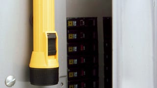 Illustration for article titled Attach a Flashlight to Your Fuse Box to Light the Way When Fuses Blow