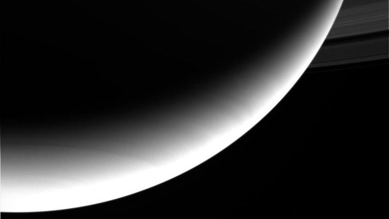 Check Out Photos of Saturn Sent From the Cassini Probe