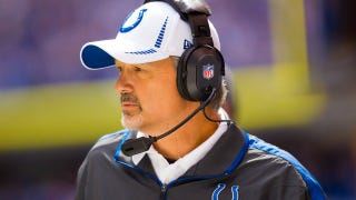 Illustration for article titled Colts Head Coach Chuck Pagano Reportedly Has Leukemia