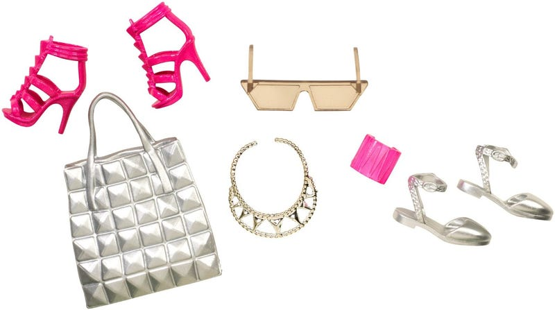 Illustration for article titled *Accessories Not Included