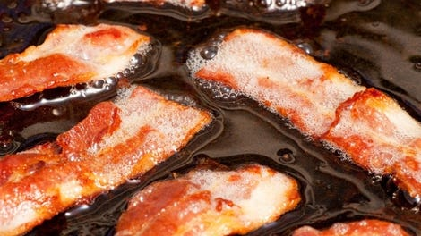 how to clean a pan with bacon grease