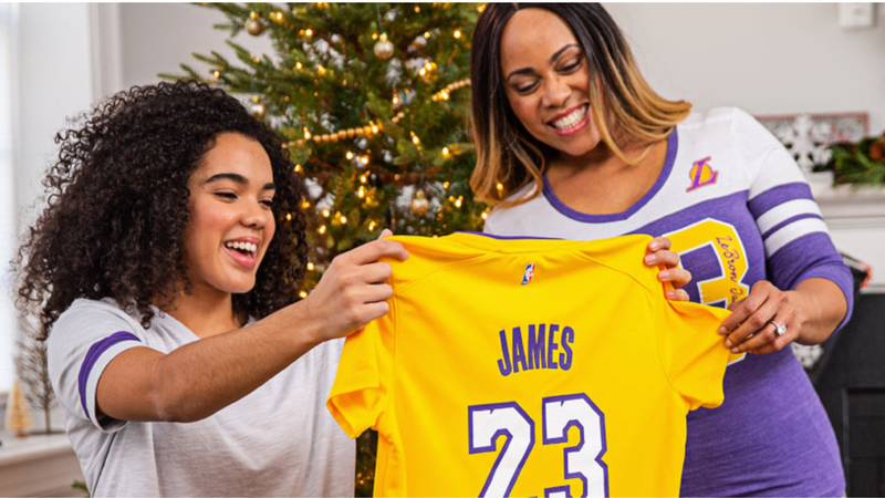 30% off Sitewide | Fanatics | Promo code MONDAY. Excludes jerseys and sale items.