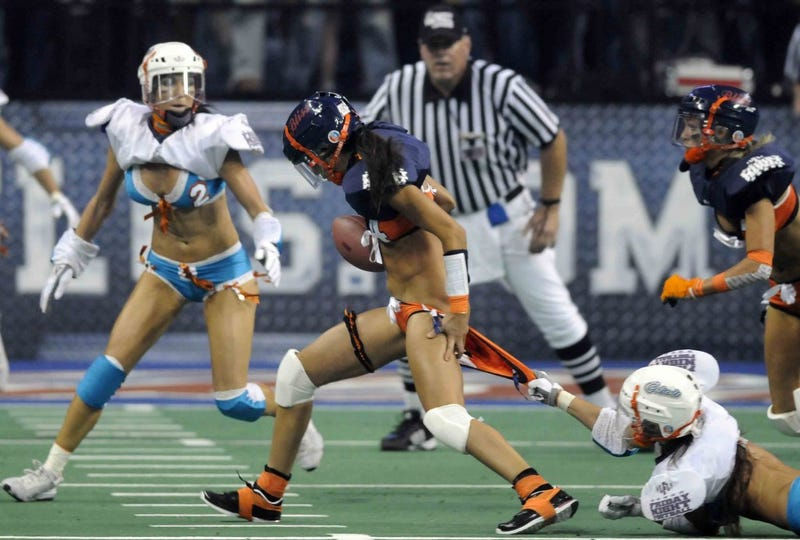 Illustration for article titled Last Night's Winner: Saying N-O To Lingerie Football In OKC
