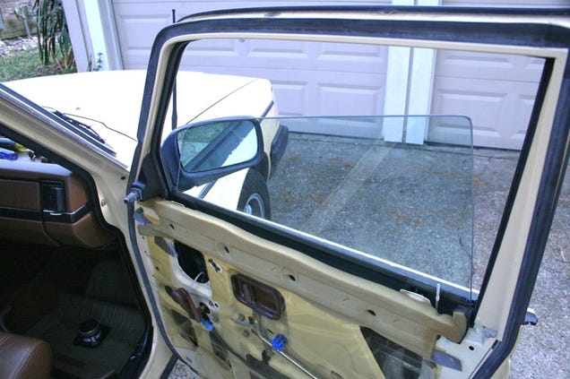 how to fix a drooping car window. Black Bedroom Furniture Sets. Home Design Ideas