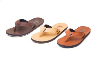 f10ad66ced39 These Flip Flops Are  Smart  for the Dumbest Possible Reason