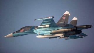 Pilotos fotografían el caza ruso más avanzado en vuelo sobre Noruega