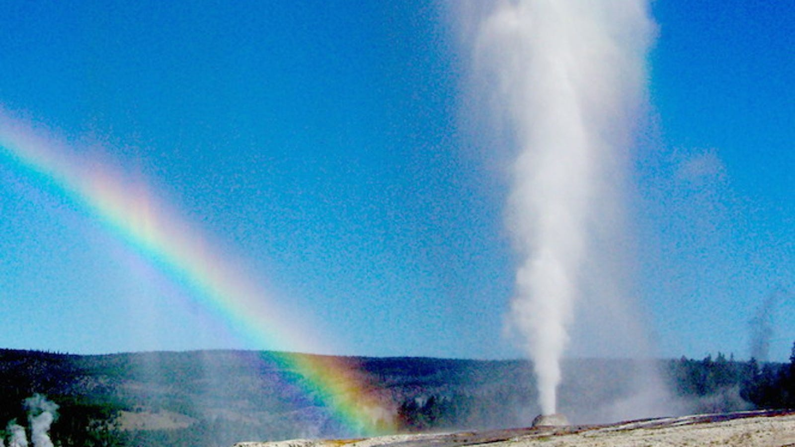 Once Again, Yellowstone Is Not Erupting And Killing Us All