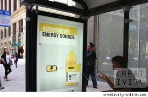 Illustration for article titled Vitaminwater Bus Stop Phone Chargers May Be Ads, but They're Still Convenient