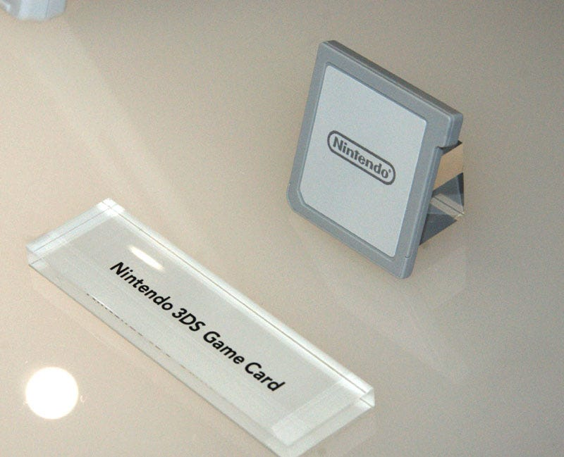 Illustration for article titled Nintendo 3DS Cartridges Are So Beefy, They Might Surprise You