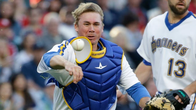 Mariners Catcher Barfs Out Some Thoughts About Protestors, Comp…