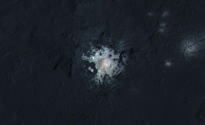 Center of Occator Crater, which features the most prominent bright spot on dwarf planet Ceres. Image: NASA/JPL-Caltech