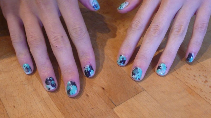 Illustration for article titled How To Give Yourself Paint-Splattered Jackson Pollock Nails