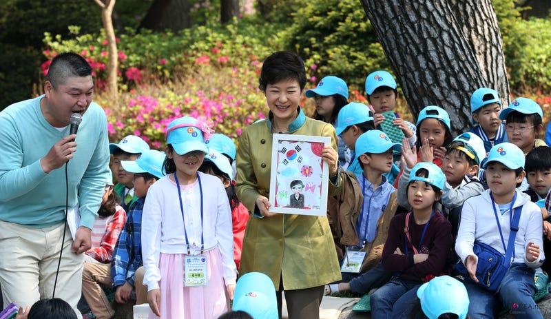 Illustration for article titled Los surcoreanos se extinguirán en el año 2750 si no empiezan a tener más hijos