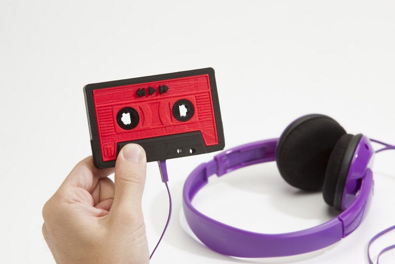 Illustration for article titled Makerbot-Forged Mixtape Is the Most Nostalgic Way to Spread Music Love