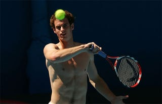 Illustration for article titled Andy Murray Without Shirt: Because ScullyMurphy Asked Nicely