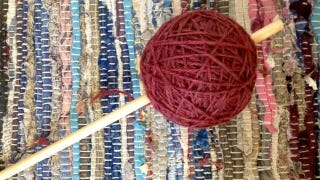 Create a Center-Pull Ball of Yarn By Hand