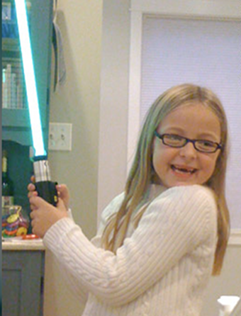 Illustration for article titled Heart-Warming Force Is With Star-Wars-Loving Little Girl