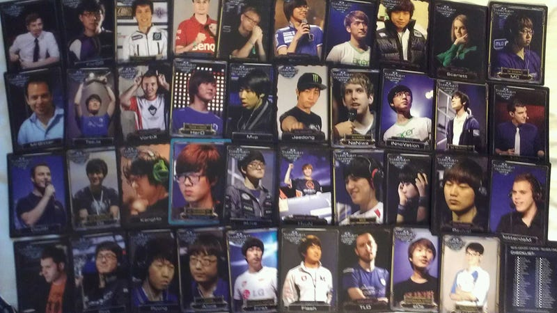 Illustration for article titled Blizzard Turned StarCraft II Players Into Trading Cards