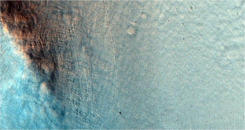 Illustration for article titled El misterioso rastro de una roca en movimiento en Marte