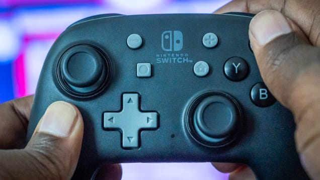 PowerA s Nano Controller for Nintendo Switch Is Too Small for My Hands, and I Still Prefer It to Joy-Con
