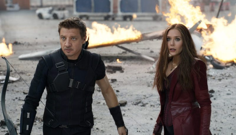 A la izquierda Hawkeye, a la derecha Scarlet Witch. Estos fueron los diseños definitivos para la película.