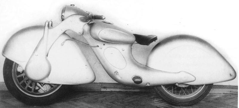 Illustration for article titled This Prototype Motorcycle Represented A Gloriously Backwards Future