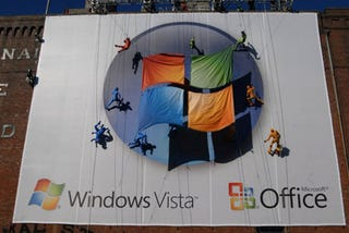 Illustration for article titled Microsoft Misses The Mark With Vista Building Dancer Billboard