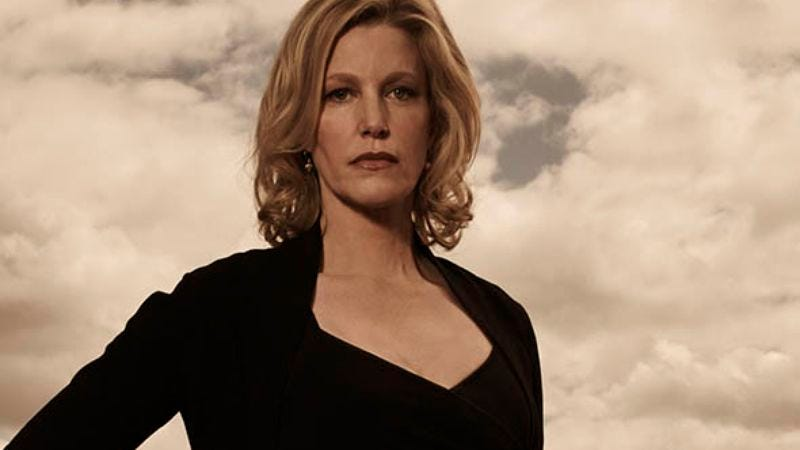 Illustration for article titled Anna Gunn drops hints about appearing on Better Call Saul
