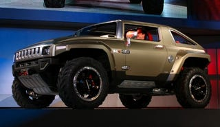 Illustration for article titled Detroit Auto Show: Hummer HX Concept, Would-Be Halo 3 Strike Vehicle