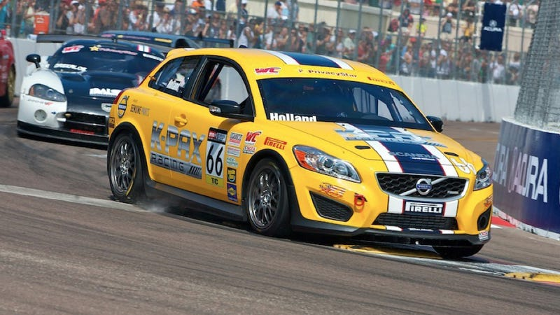Illustration for article titled Project Grocery Getter hits the track: St. Pete race report