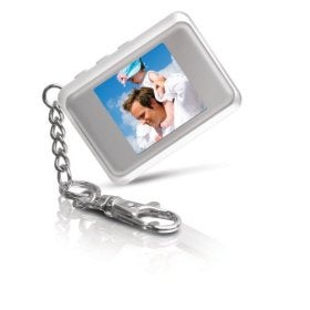 Illustration for article titled Dealzmodo: 1.5-inch Digital Picture Frame Keychain for $20