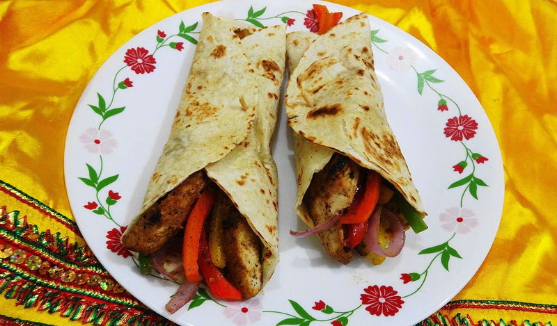 Fajita wraps. Wikimedia Commons