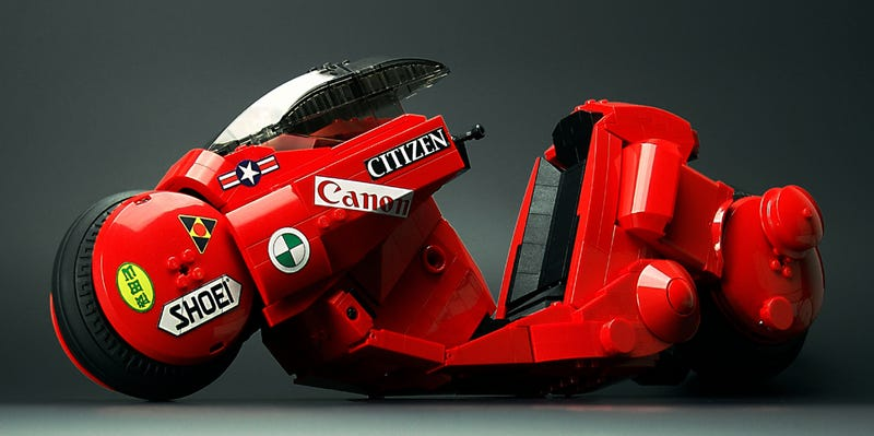Illustration for article titled Awesome Lego Kaneda's bike from Akira is a must-have