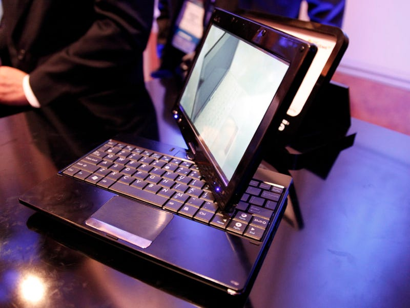 Illustration for article titled ASUS T91 Eee Tablet Hits Online Stores for $500
