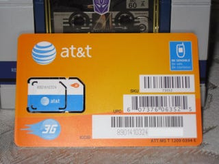 Illustration for article titled AT&T Selling Micro SIM with Full SIM Adapter? (Update: Don't Think So)