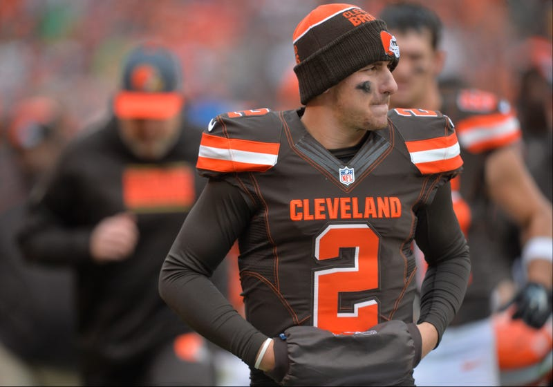 Illustration for article titled Mike Pettine Says He Didn't Realize How Bad Johnny Manziel's Drinking Problem Was