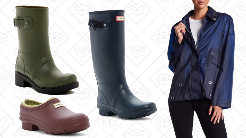 1b37548db6d Don t Be Scared To Make a Splash In These Discounted Hunter Boots