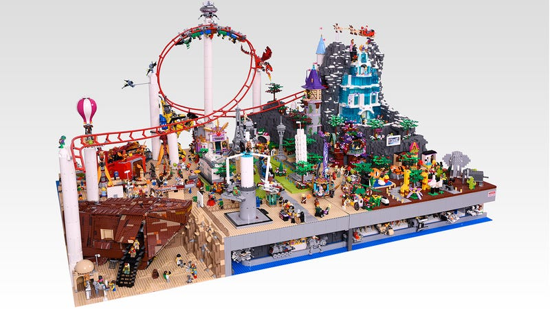 Illustration for article titled I really want to visit this Lego amusement park's tiny Star Warsland