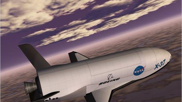 Amateur Astronomers Spot Super Secret X-37B Space Shuttle ...