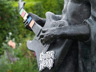 Illustration for article titled Hendrix Posthumously Plays Guitar Hero