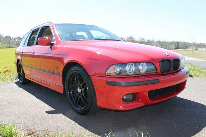 Illustration for article titled For $9,900, This 1999 BMW 540i Lets You Stick It To The Man