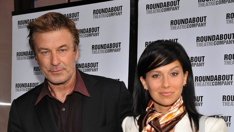 Illustration for article titled Alec Baldwin Weds Hilaria Thomas Without Further Incident