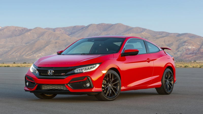A prototype of the 2020 Honda Civic Si.
