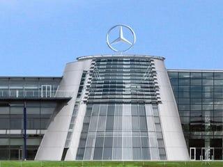 Illustration for article titled Daimler, what the slack?
