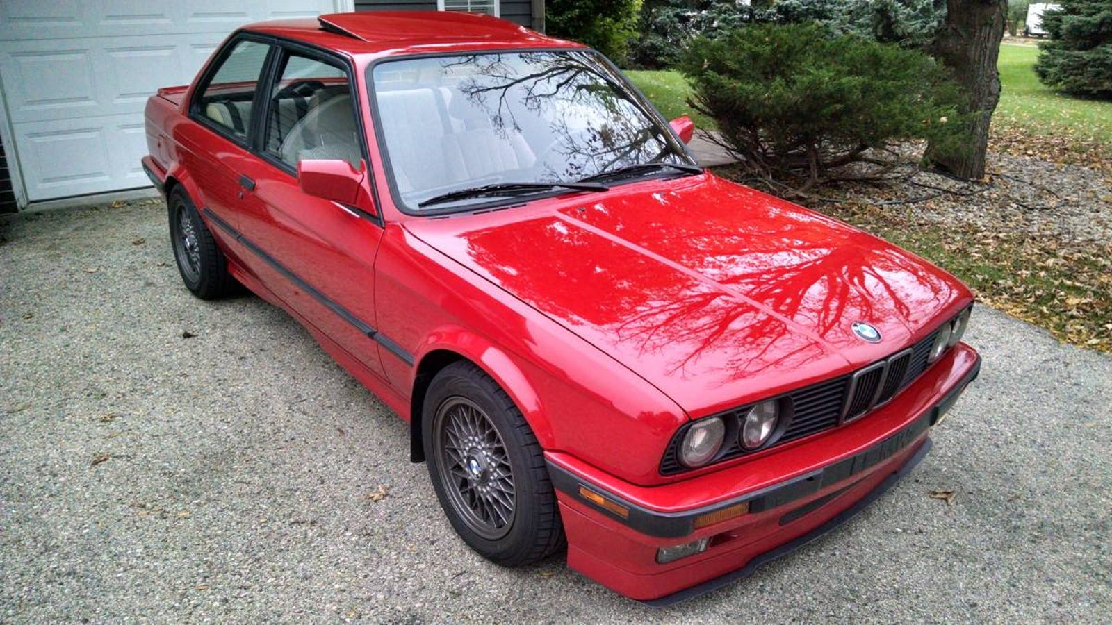 at 12 000 could this rehabilitated 1991 bmw 318is. Black Bedroom Furniture Sets. Home Design Ideas