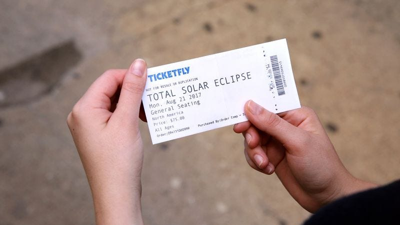 Illustration for article titled Officials Warn Consumers Of Counterfeit Tickets Ahead Of Solar Eclipse