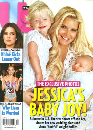 Illustration for article titled Baby Needs a New Pair of Shoes: Jessica Simpson's Newborn Earns $100k